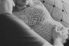 Maternity, indoor maternity portraits, natural light, pregnancy, kindred, kindred photographer, maternity style