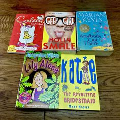 5 x Book Bundle lily alone katie geek girl holly smale coleen style queen girls Jacqueline Wilson, Model One, Geek Girls, Alone, Geek Stuff, Lily, Bridesmaid, Queen, Illustration