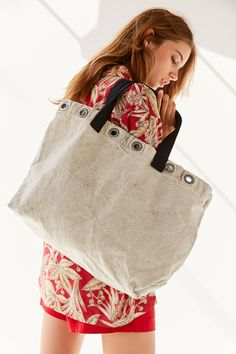 Urban Renewal Remade Surplus Grommet Tote Bag | Urban Outfitters