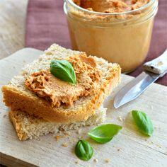 veggieola: Pasta ze słonecznika i suszonych pomidorów