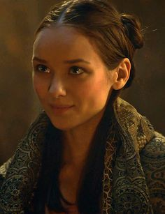 Roslin Frey (GoT) Alexandra Dowling Game Of Thrones Tv, Youtubers, Aramis And Anne, Face Angles, Margaery Tyrell, Modern Games, King In The North, Jaime Lannister, Movies