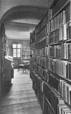 Goethe bibliotheek in Weimar Frankfurt, Johann Wolfgang Von Goethe, Wikimedia Commons, Books To Read, Reading, Building, Libraries, Weimar, Spaces