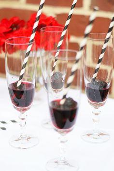 Blackberry Champagne Halloween Cocktail | Timeless Taste timelesstasteblog.com