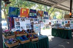 Ann Sheppard of Such Pretty Colors, creates colorful placemats & tablerunners, napkins, quilts, wallhangings. Polymer clay art pendants. T-Shirts, bags, magnets, cards, artwork, knitted things and other assorted goodies. Custom orders welcomed. Since 1997.