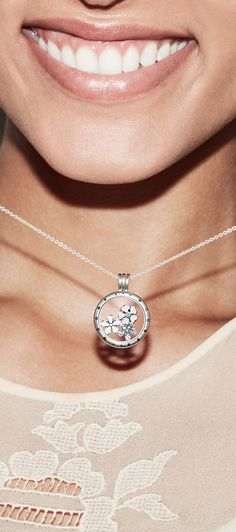 b69293d260b Fill your PANDORA locket with blooms and blossoms in beautiful pastel hues.
