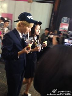 Taemin and NaEun spotted dating in Myeongdong! ~ Latest K-pop News - K-pop News | Daily K Pop News