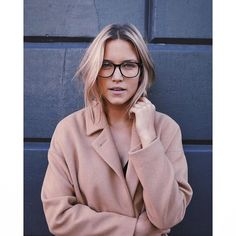 The beautiful @joellepforr wearing the wool key @wonhundredhq coat and @aceandtate glasses. Available at both our stores! #hutspotamsterdam #hutspot #conceptstore #aceandtate #wonhundred #model #glasses #fashion #natural