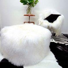 TIBETAN  LAMB POUFFE WHITE XL - Decor Hides - Cowhide Rugs & Hair On Hides