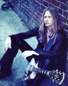 Jerry Cantrell (Alice in Chains) - Amazing guitarplayer, vocalist and songwriter Mike Inez, Mike Starr, Grunge, Mike And Mike, Jerry Cantrell, Stupid Guys, Mad Season, Temple Of The Dog, Layne Staley