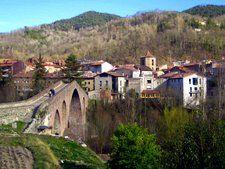 catalonia pyrenees culture monastery of sant joan de abadesses
