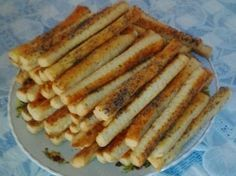 Focaccia Bread Recipe, Bread Recipes, Appetizer Recipes, Appetizers, Romanian Food, Romanian Recipes, Salad Sauce, Pastry Cake, Hot Dog Buns