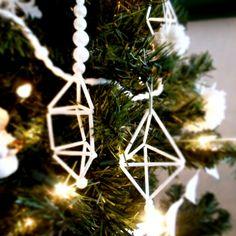4 Super Easy DIY Christmas Ornaments
