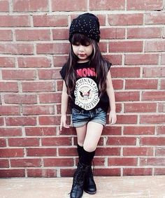 Fashion girl swag children New ideas Baby Girl Fashion, Toddler Fashion, Cute Fashion, Kids Fashion, Outfits Niños, Urban Outfits, Kids Outfits, Baby Outfits, Rocker Outfit