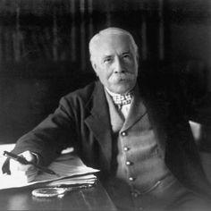 © Edward Elgar, photographed in 1931 by Herbert Lambert