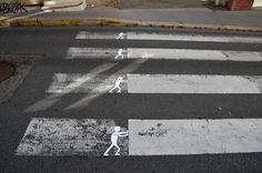 Aprovechando errores callejeros.Arte urbano e ideas cool. Más de OAKOAK en su web www.oakoak.fr #diseño