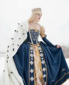 robe médiévale uploaded by Cátia Vanessa ♔ on We Heart It Medieval Fashion, Medieval Clothing, Steampunk Clothing, Steampunk Fashion, Renaissance Dresses, Medieval Dress, Historical Costume, Historical Clothing, Pretty Dresses