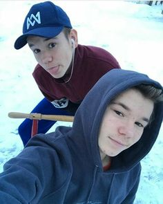 Ready for Christmas? Twin Boys, Twin Brothers, Marcus Y Martinus, Bars And Melody, I Go Crazy, Selfie, Height And Weight, Kawaii Girl, Celebs