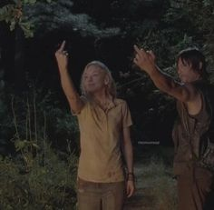 Beth and Daryl escaping a walker attack. 2 Badasses! Love it.