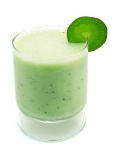 Having more kiwi fruit shake recipes in your diet can help you lose weight. Kiwi fruit can increase our body metabolism rate and can keep our body healthy. Kiwi Smoothie, Fruit Smoothies, Healthy Smoothies, Healthy Drinks, Kiwi Shake, Energie Smoothies, Energy Smoothie Recipes, Foods For Healthy Skin, Healthy Eating