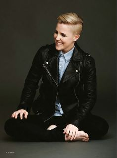 Hannah Hart for Diva Magazine. My eyes have fallen out of their sockets. <3