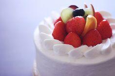 cream fruit cake