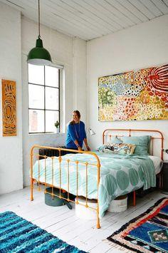 warehouse-conversion-loft-bedroom