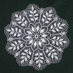 Crochet Doily Fantasy By Creativestuffgo - Diy Crafts - maallure Filet Crochet, Crochet Lace Edging, Crochet Doily Patterns, Crochet Doilies, Crochet Flowers, Crochet Stitches, Cotton Crochet, Crochet Christmas Decorations, Crochet Decoration