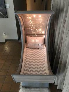 Starry Night Pallet Half-moon Cradle! DIY Pallet Bed, Pallet Headboard & Frame
