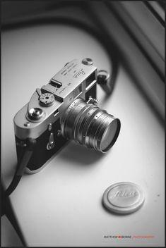 Leica photography - Leica M Lenses Compared +Leica Lens Guide! Photography Lighting Kits, Leica Photography, Photography Camera, Photography Equipment, Pregnancy Photography, Street Photography, Landscape Photography, Portrait Photography, Fashion Photography