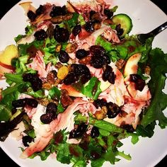 Evening shred meal! Mixed Greens Greek Cucumber Apple slices Cranberries Nuts Shredded Turkey Breast Lite Dressing #food #foodporn #yum #instafood #Eatclean #yummy #amazing #instagood #photooftheday #greens #dinner #lunch #nutrition #fresh #tasty #foodie #delish #delicious #eating #foodpic #foodpics #eat #hungry #foodgasm #diet #foods #Padgram
