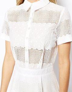 Agrandir ASOS - Robe chemise coupe fourreau avec broderie anglaise