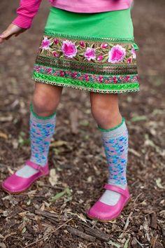 Mim Pi Grey Heart Socks