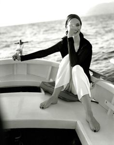 Sailing style in black and white Style Blog, My Style, The Lone Ranger, Luxe Life, Glamour, Carrara, White Photography, Marie, Silhouette