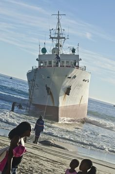 Eihatsu Maru long line fishing vessel | Clifton 1st beach, Cape Town, South Africa.
