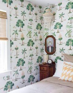 Slaapkamers en interieurs met uitbundig tropisch behang   LUXEBEDDEN.NL