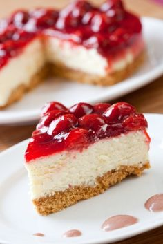 No Bake Strawberry Cheesecake . Cheesecake is a dessert classic, but the traditional recipe is full of thousands of calories. This cheesecake has been modified with lower-fat ingredients for a diabetic-friendly, yet delicious, dish. Cheesecake Recipe From Scratch, Easy No Bake Cheesecake, Baked Cheesecake Recipe, Cheesecake Pie, No Bake Desserts, Just Desserts, Delicious Desserts, Dessert Recipes, Strawberry Cheesecake Recipes