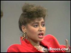 Phyllis Hyman Interview with Bill Boggs Phyllis Hyman, Jazz Hip Hop, Lee Taylor, Vintage Black Glamour, Neo Soul, Gone Girl, Vintage Classics, Black Celebrities, Music Icon