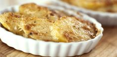 We cheated on butter with our delicious Becel Buttery Taste margarine. It gives this Golden Potato & Herb Bake it's savoury and heart healthy flavour. Leek Recipes, Roasted Potato Recipes, Roasted Potatoes, Baking Recipes, Scalloped Potato Recipes, Food Network Canada, Just Bake, Original Recipe, Side Dishes
