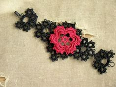 tatted corsage bracelet pattern (instructable)