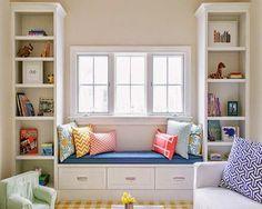 Không gian bên khung cửa sổ trong nhà luôn là nơi lý tưởng để nghỉ ngơi sau những giờ làm việc căng thẳng, mệt nhọc. Chính vì vậy bạn không nên bỏ qua không gian này mà hãy tận dụng nó một cách tối đa...  http://dbweb360.net/threads/khong-gian-thu-gian-tuyet-dep-ben-khung-cua-so.3438/