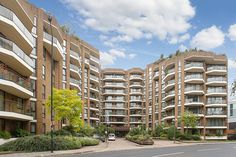 New one bed instruction £450pw W14 in Kensington West - pool, gym & concierge