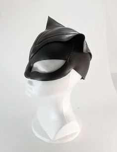 Cosplay Cat Woman Catwoman Mask 3 by Azmal Catwoman Mask, Catwoman Cosplay, Black Panther Costume, One Piece Cosplay, Cat Face Mask, Leather Mask, Masks Art, Super Hero Costumes, Catsuit