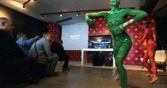 Sony χορεύοντας με το Χρώμα