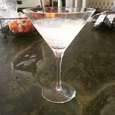 Daiquiri: .5 oz lime juice, tsp sugar, 2 oz white rum. Dissolve sugar in lime juice, shake to chill with rum, serve. (From 12 Bottle Bar)