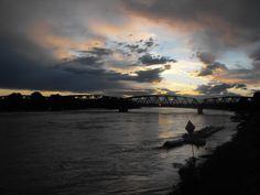 Ponte sul fiume Po - Piena di Primavera Maggio 2013