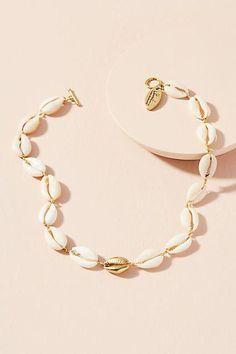 Lena Bernard Cowrie Shell Choker Necklace - List of the best jewelry Cowrie Shell Necklace, Shell Choker, Shell Jewelry, Diamond Pendant Necklace, Shell Necklaces, Cute Jewelry, Modern Jewelry, Diamond Jewelry, Gold Jewelry