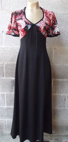 1970s Maxi Dress Polyester Size Medium No.  by PiecesBoutique, $29.00