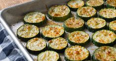 Oven Roasted Parmesan Zucchini – 12 Tomatoes Low Carb Recipes, Cooking Recipes, Oven Roast, Pot Roast, Side Dishes Easy, Vegetable Side Dishes, Vegetable Recipes, Parmesan, French Tips