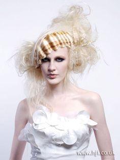 Google Image Result for http://1.bp.blogspot.com/_VmVMtG4Fueg/S8fb5oVhHTI/AAAAAAAAAS8/4sNfGX12Wjw/s1600/hair-whiteavantgarde.jpg