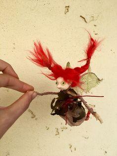 Fairy in a lacy caftan #etsy #fiberart #pixiefairy #poseabledoll